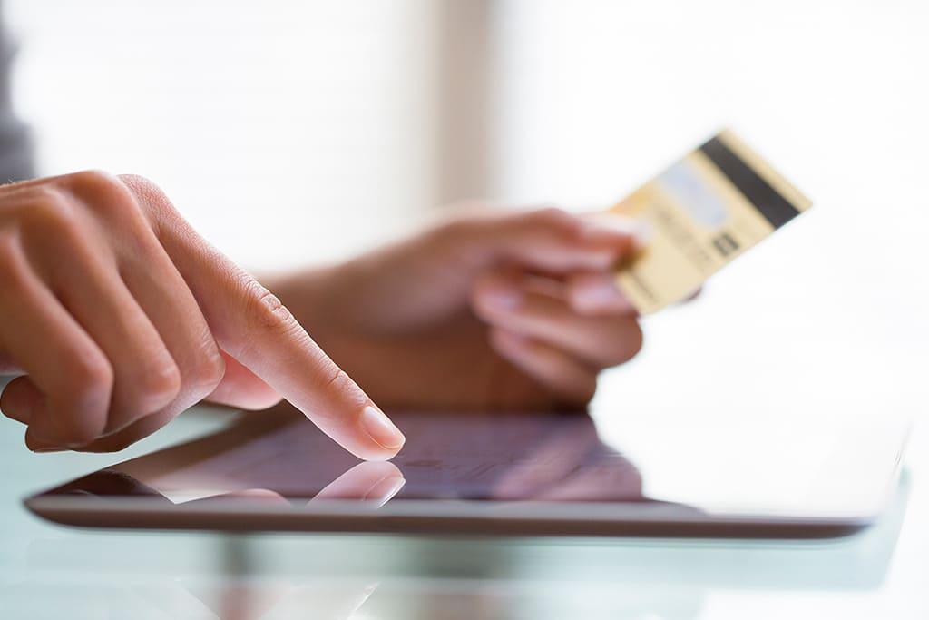 Изображение для статьи «Как пользоваться кредиткой»